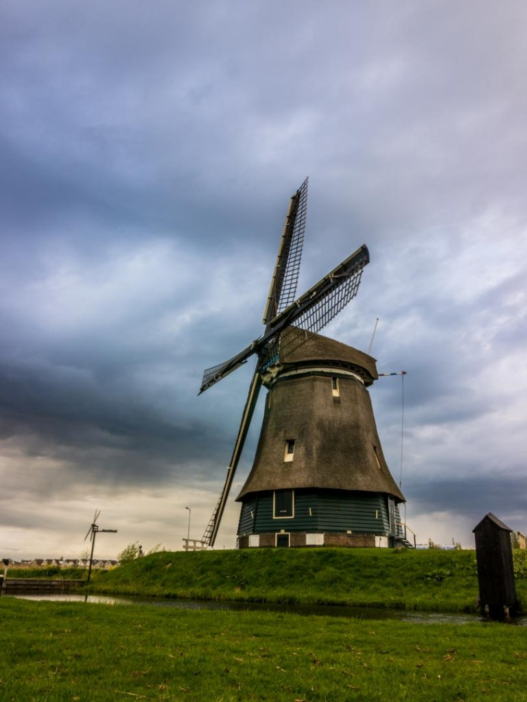 Windmill in Holland @Vlad Stawizki F22 – 1/6s – ISO 100 – 13mm